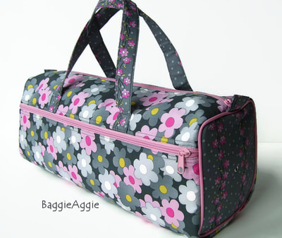 Retro floral project bag in pink and grey for knitting, crochet, sewing and more, the perfect Christmas gift for knitters and other crafters from the UK.